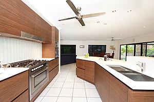 Cairns Kitchen Designers Amp Builders Kilfoy Cabinets